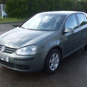 Volkswagen Golf V 1.9 tdi 105 ch confort 5p