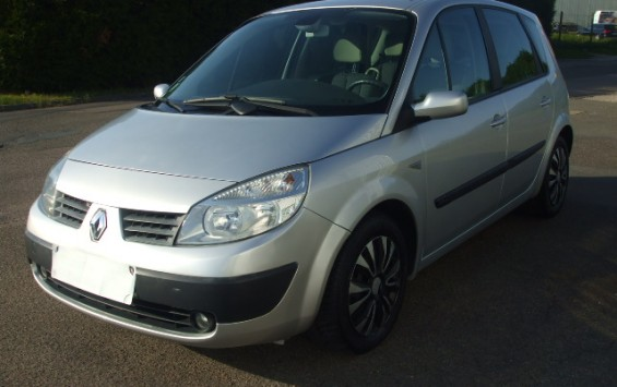 Renault scenic expression 1.9dci 130ch bv6