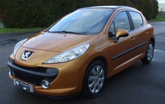 Peugeot 207 premium 1.6hdi 90ch 5p