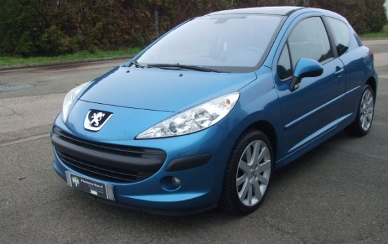 Peugeot 207 sport pack 1.6hdi 110ch 3p
