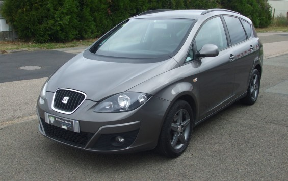 Seat Altea XL 1.6 Tdi 105 Ch Fap Cr I-tech Dsg7 9990.00€ TTC